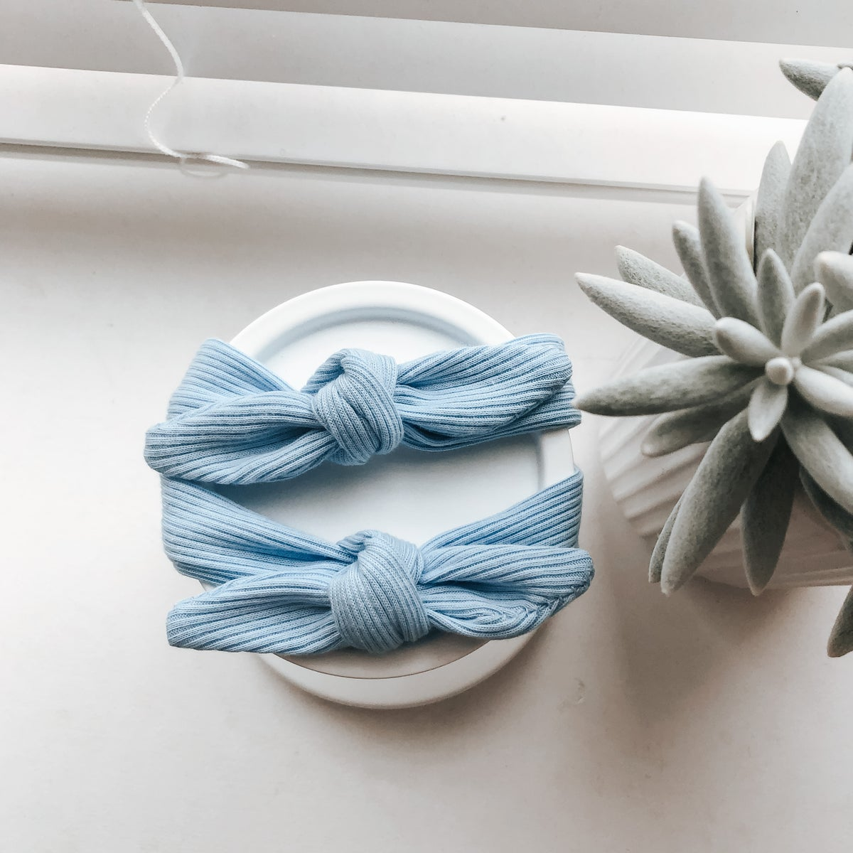 Image of Baby blue bow