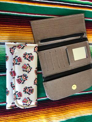Maria De Muñeca Money Wallet