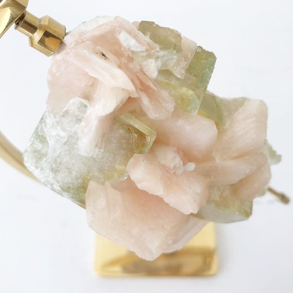 Image of Green Apophyllite/Stilbite no.03 + Brass Arc Stand