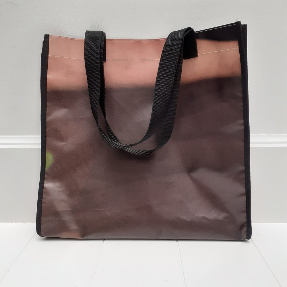 Image of Super Tote - Fade away