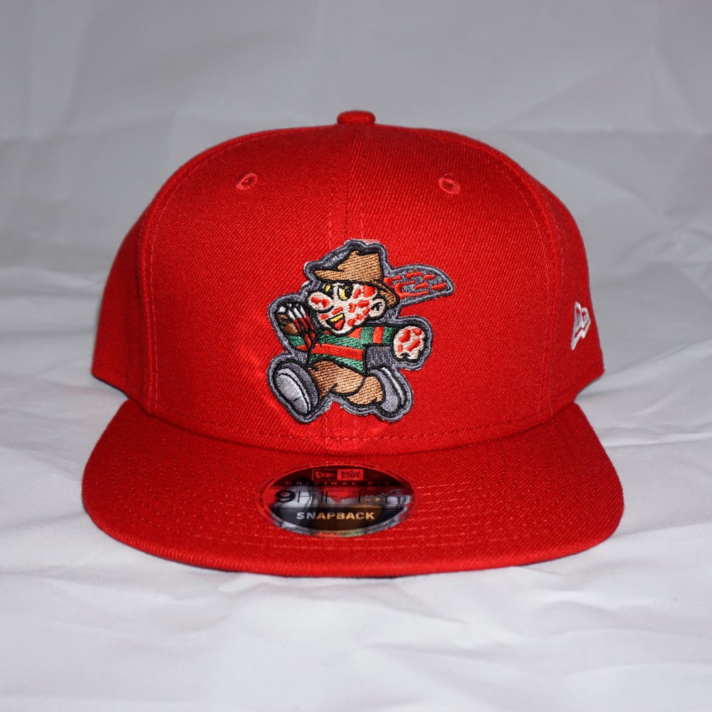 Freddy Snap Back
