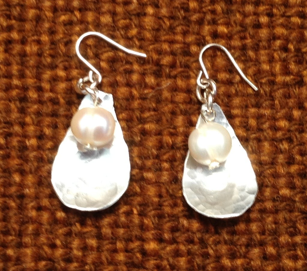 Image of Mini Mussell  Ear rings.