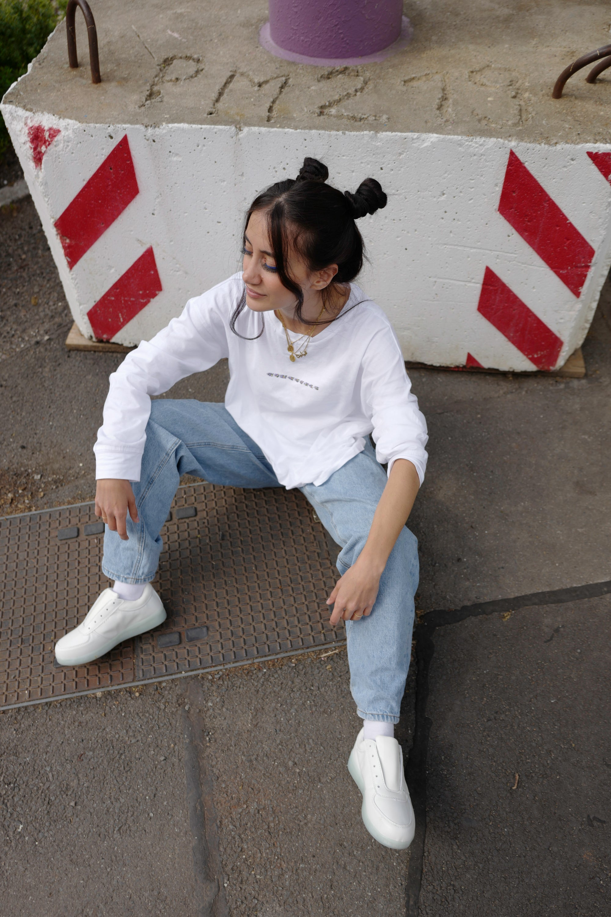 Image of HOMEGIRLS  longsleeve  white/holo