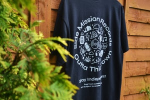 Image of Stay Independent Collab T-shirt Black