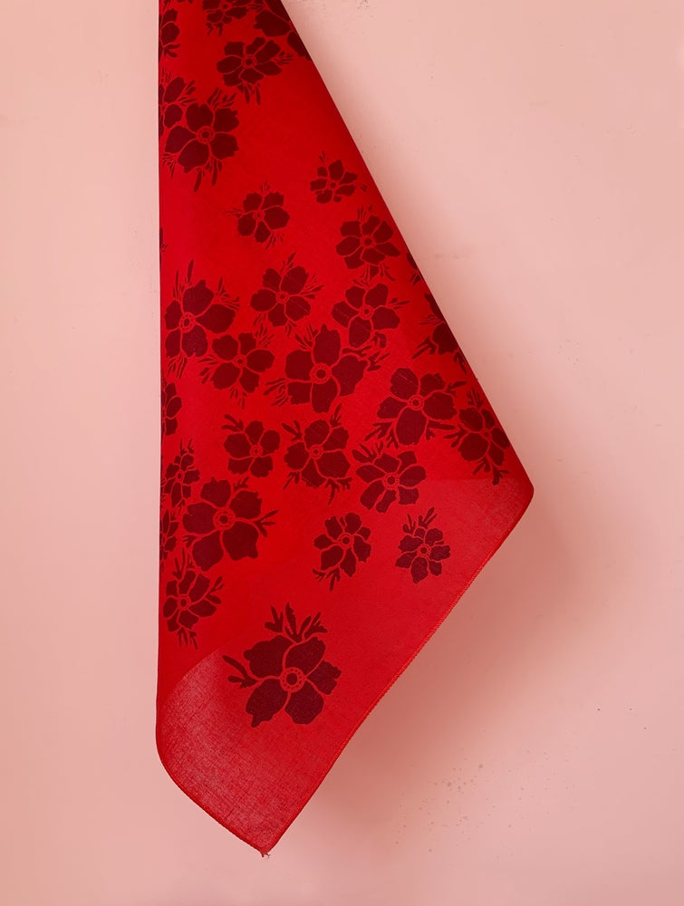 Image of Anemone Floral Print Bandana in Red and Burgundy