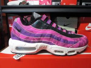 "Image of Air Max 95 Premium ""Fire Pink"""