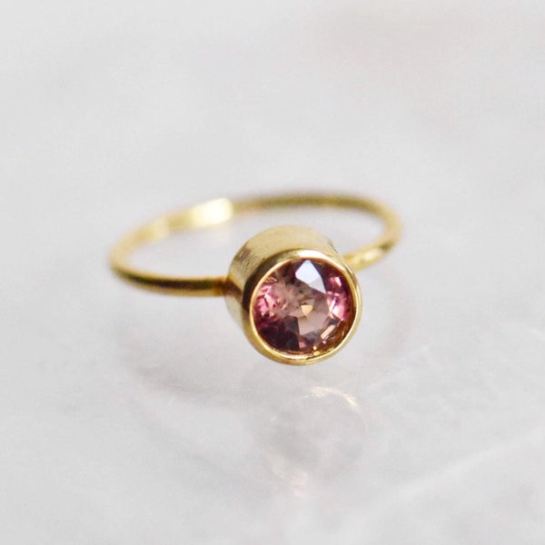 Image of Natural Pink Spinel round cut 14k gold ring