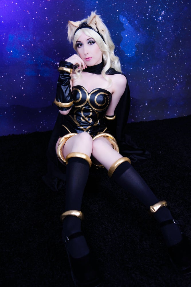 Image of Kat (Gravity Rush) Set