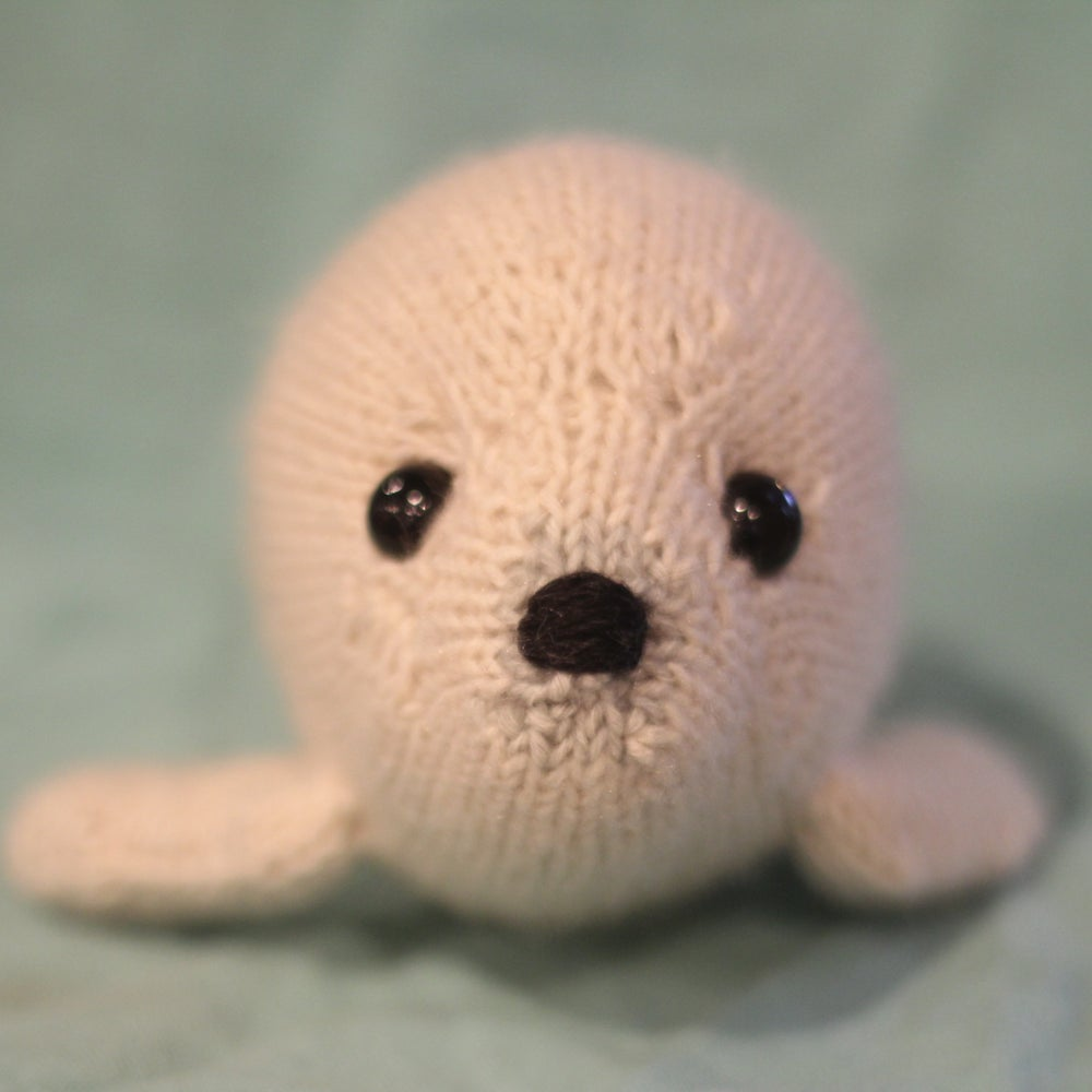 Image of Harp Seal Knitting Pattern