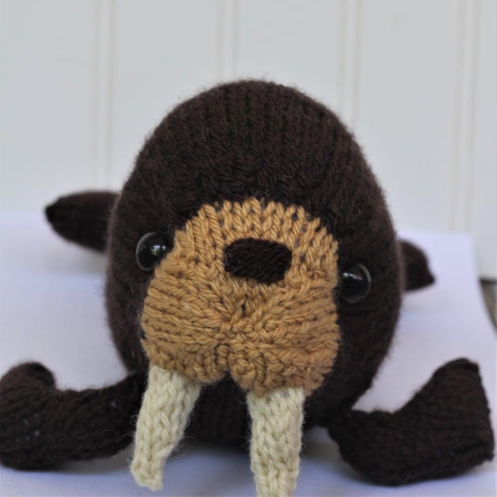 Image of Walrus Knitting Pattern