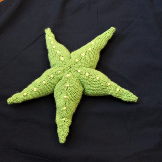 Image of Giant Sea Star Knitting Pattern
