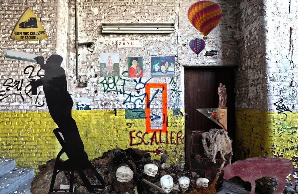 Image of L'usine, zone occupée! /Vincent MAQUAIRE