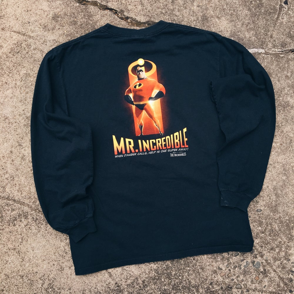 Image of Original 2004 Disney The Incredibles Movie Tee.
