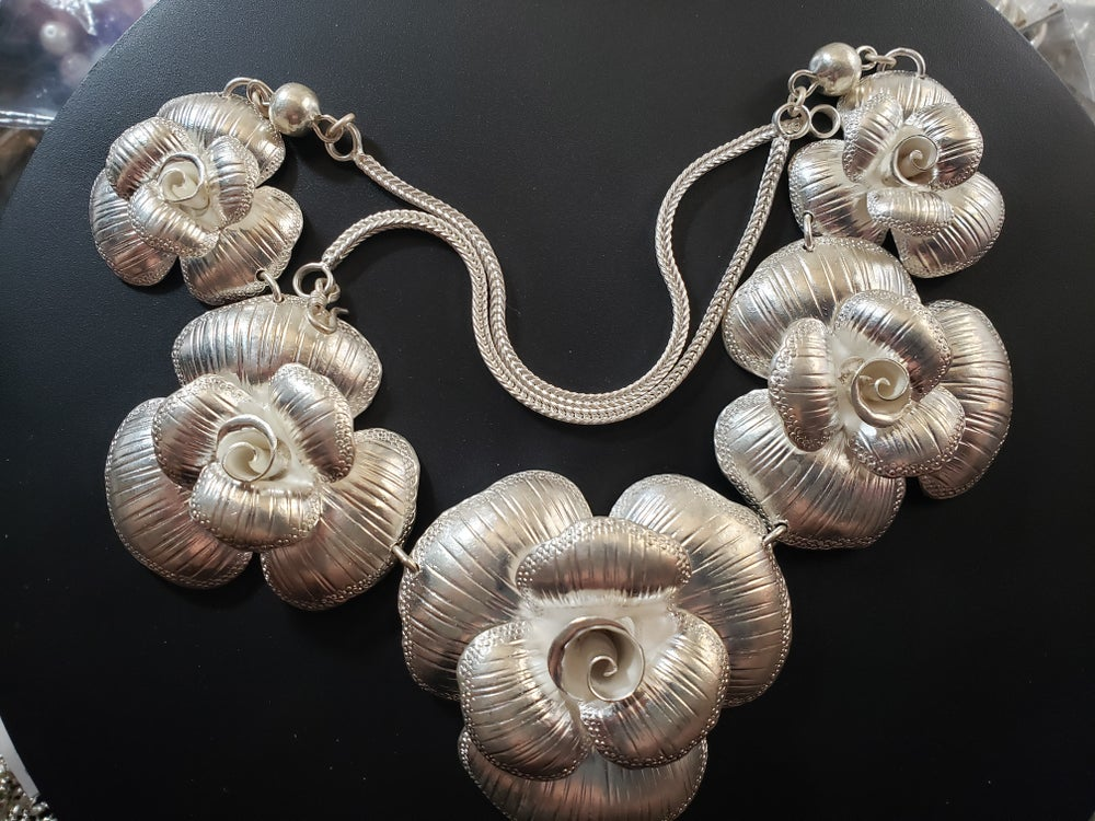 Rose Necklace Earring set