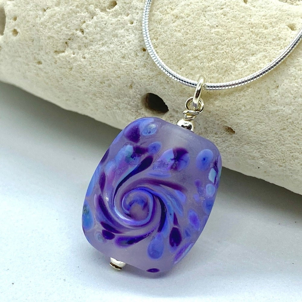 Image of Summer Collection - Small Iris Pendant
