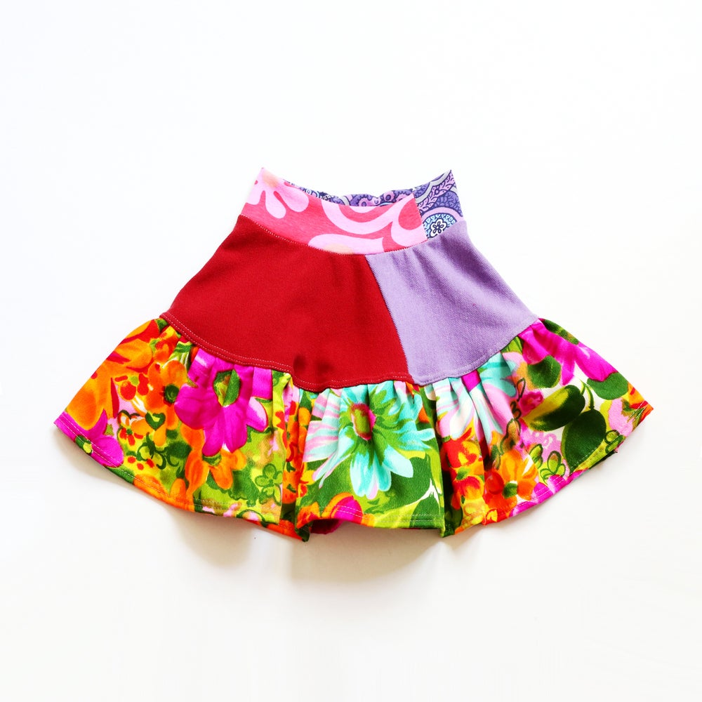 Image of purple neon red floral flowers flower vintage fabric size 4 four print bright flouncy skirt