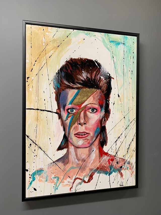 Golden Aladdin Sane (Premium Framed Prints)