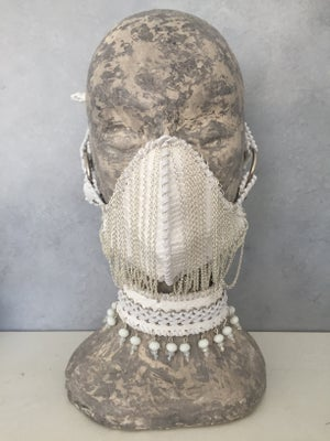 Image of Mask with chain