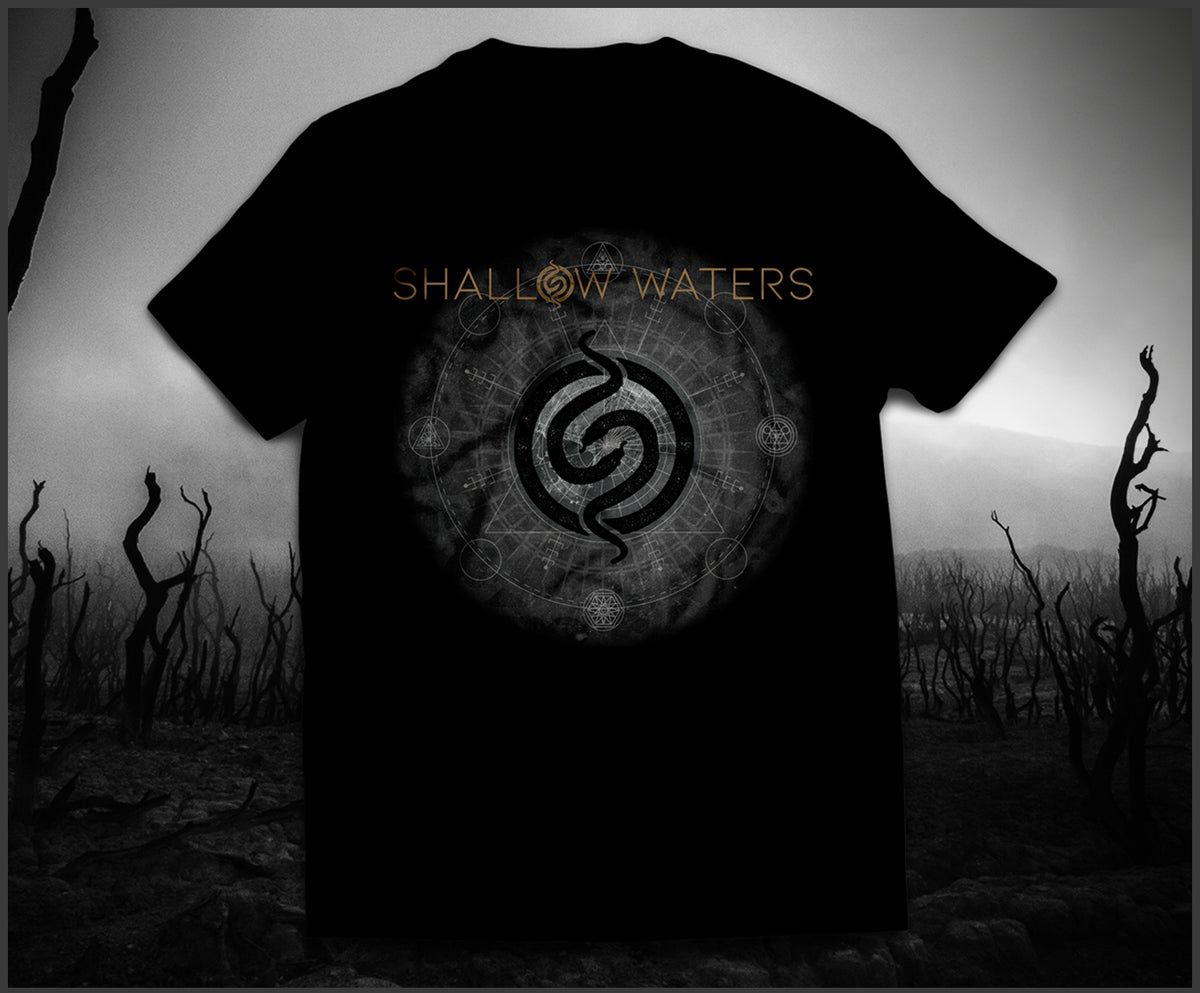"""""""Bed Of Snakes"""" - T SHIRT"""