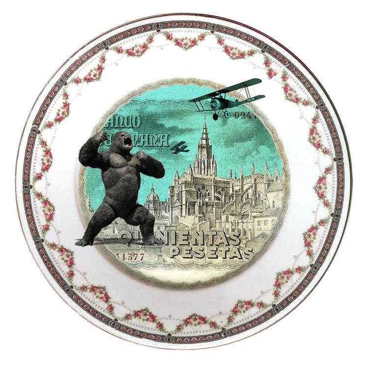 KINGNIENTAS PORCELAIN PLATE