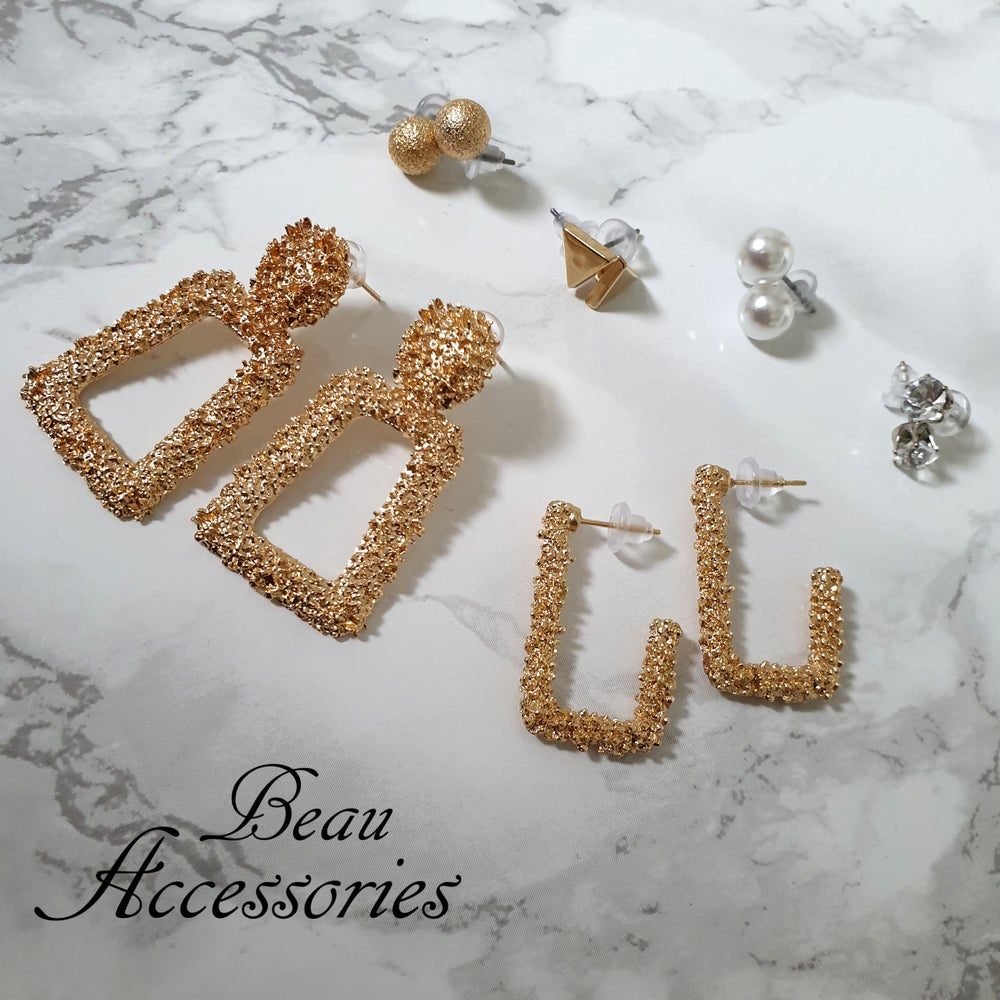 Image of Golden Set of Statement Earrings