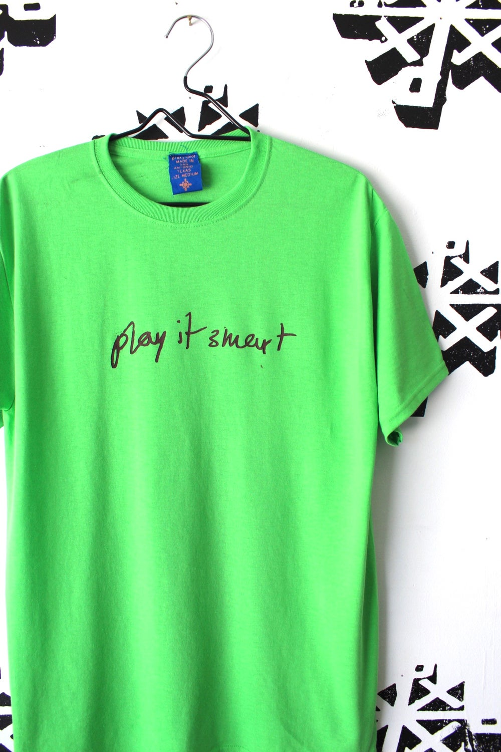 play it smart tee in bright green
