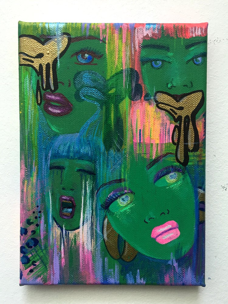 Image of Akit Green Faces canvas. 2020.