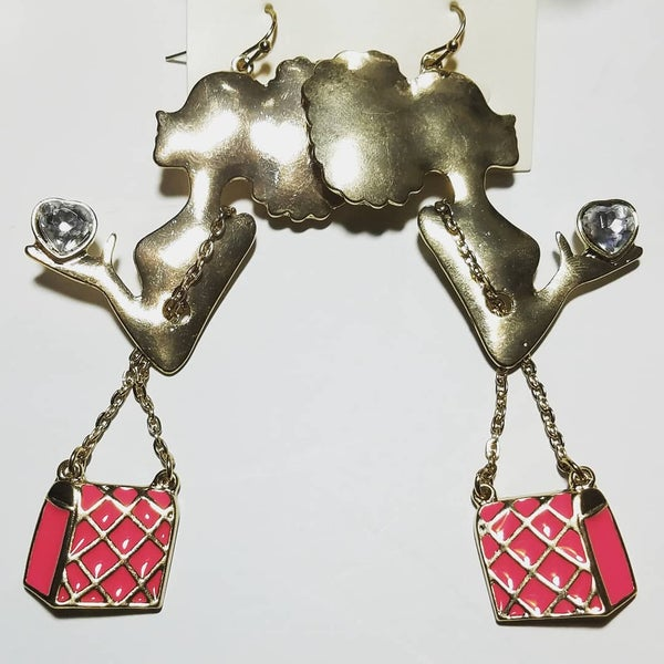 Image of In The Bag Heart In Hand Tasty Shopper Earrings