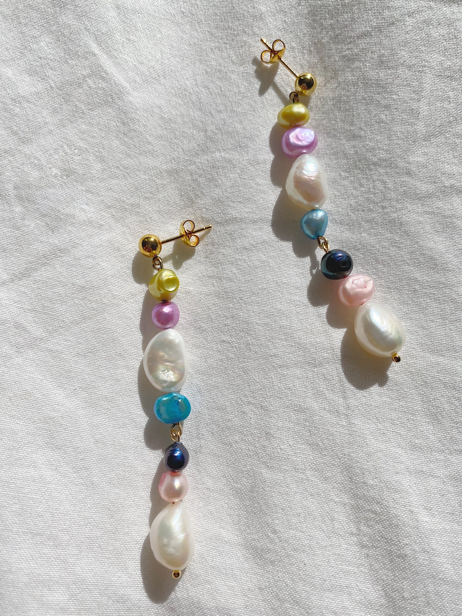 Image of Pastel Pearly Earrings