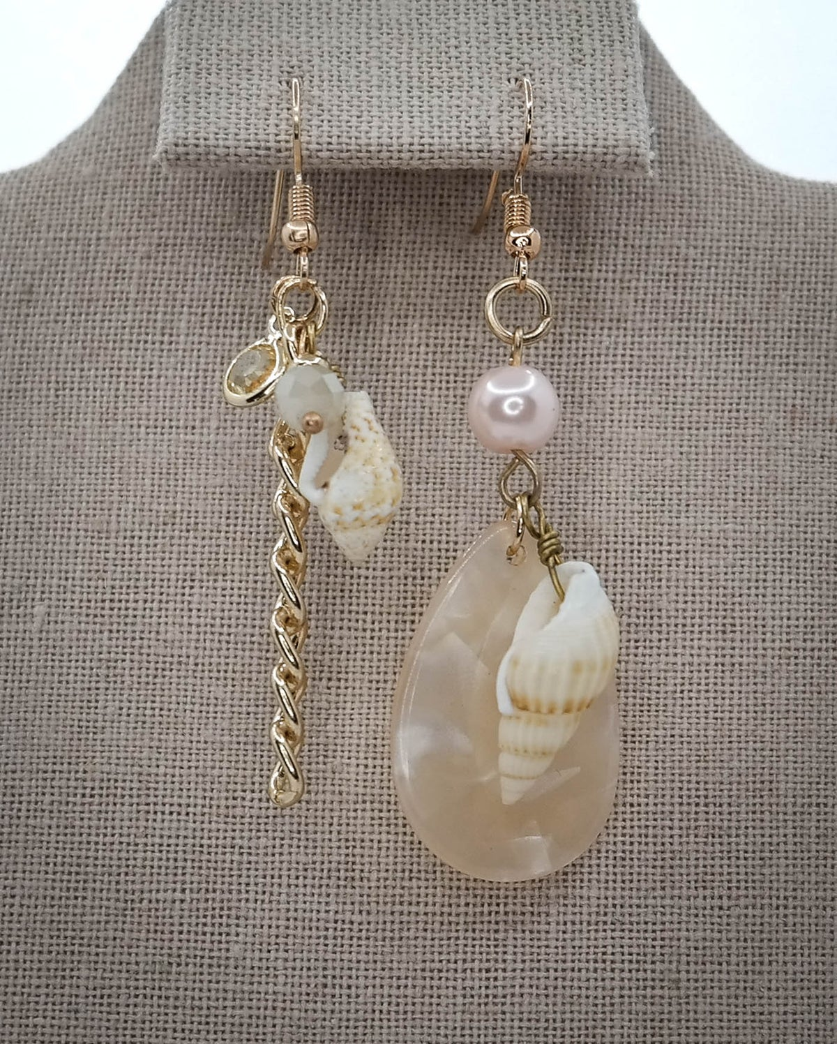 Limited Edition <br /> <br /> Earring <br /> Pink Seashells