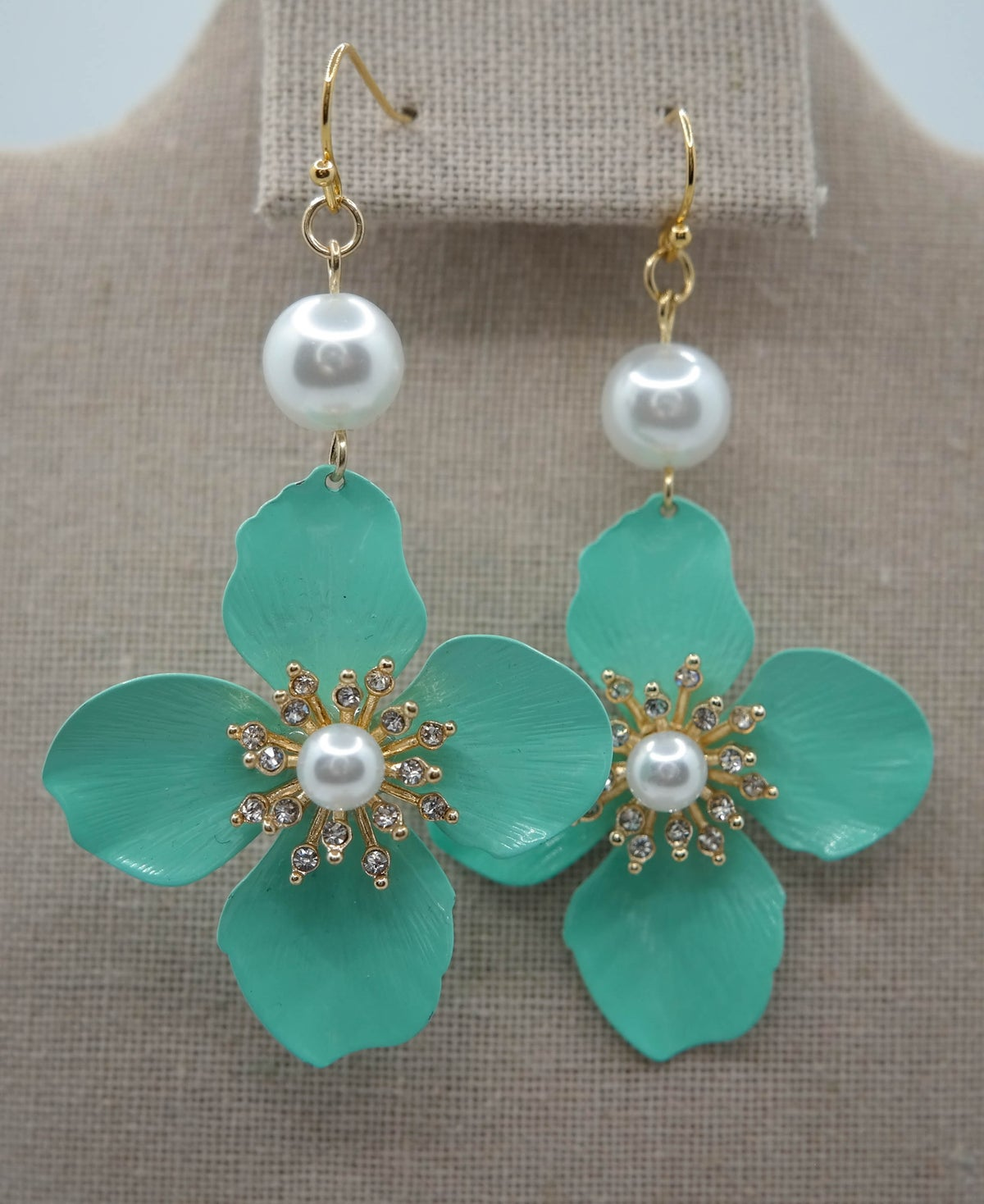 Limited Edition <br /> <br /> Earring <br /> Mint Leaf