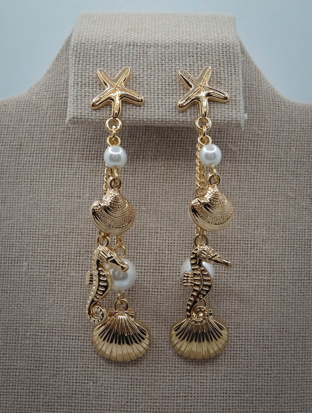 Limited Edition <br /> <br /> Earring <br /> Sea Horse