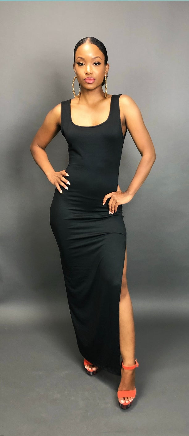 Image of Black Maxi Basic