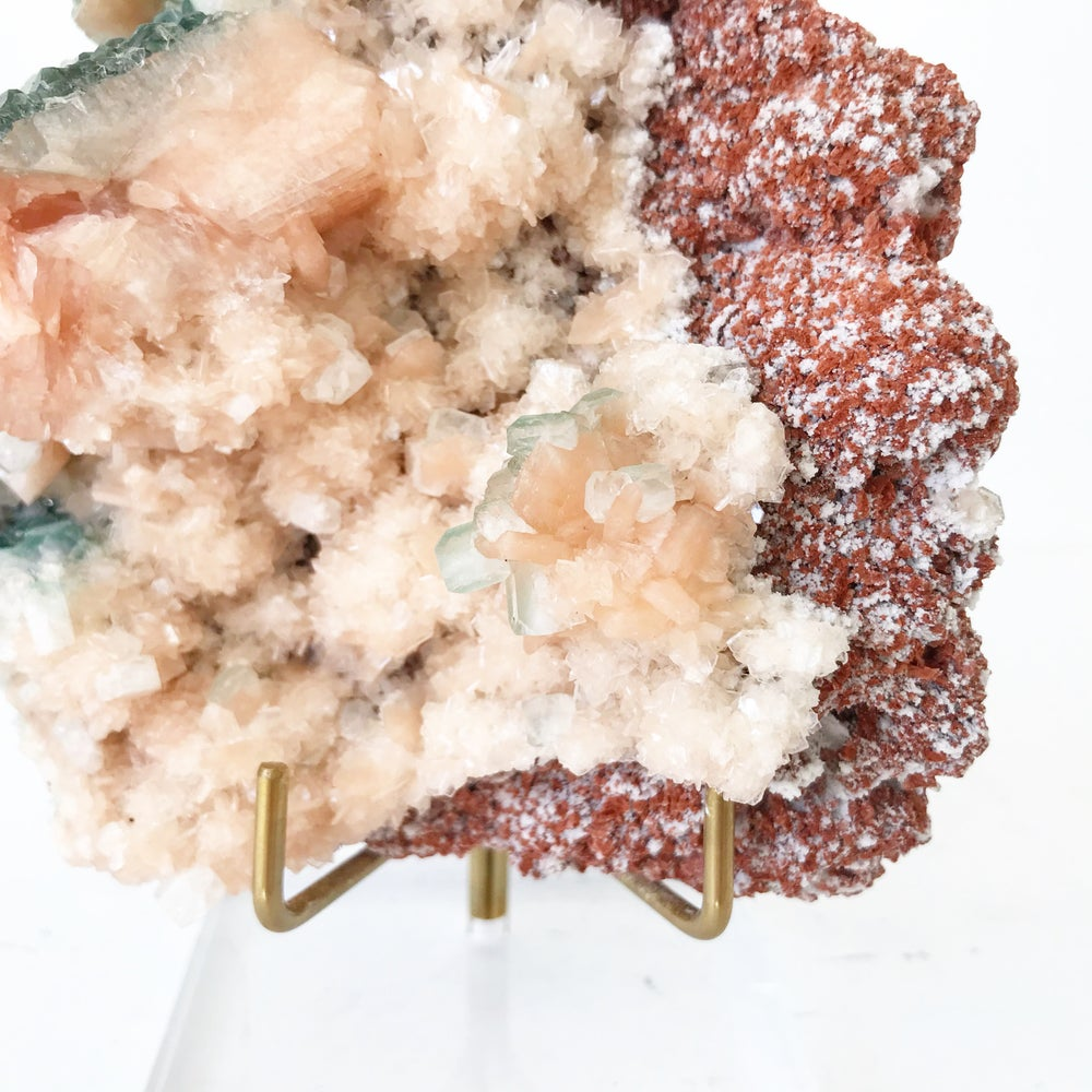 Image of Zeolite no.09 + Lucite and Brass Stand