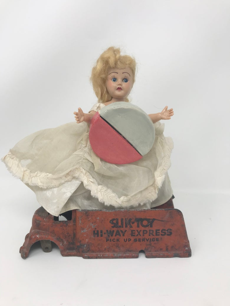 Image of Mom's Dolls Pickup Services