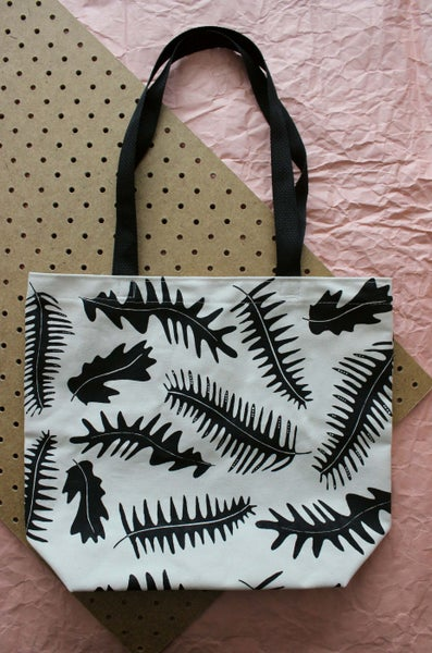 Image of Grow tote bag black straps