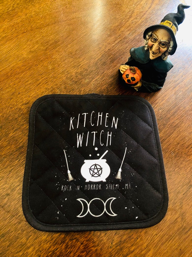 Image of Kitchen Witch Pot Holder