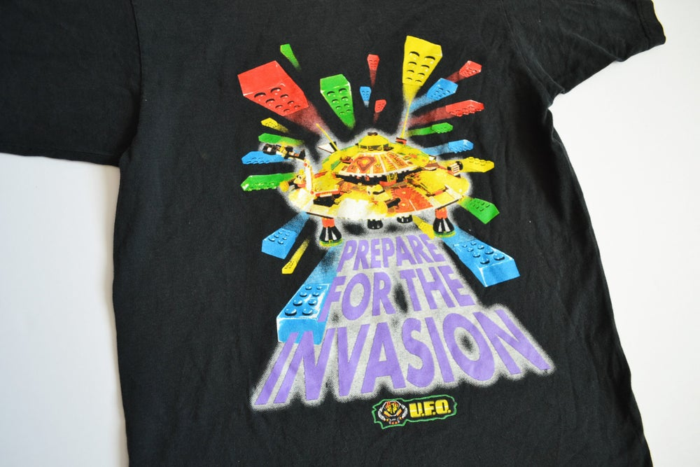 Image of Vintage 1997 Lego U.F.O. / Lunchables Promotional T-Shirt Sz.XL (Youth)