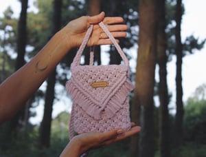 Image of Mauve essential bag