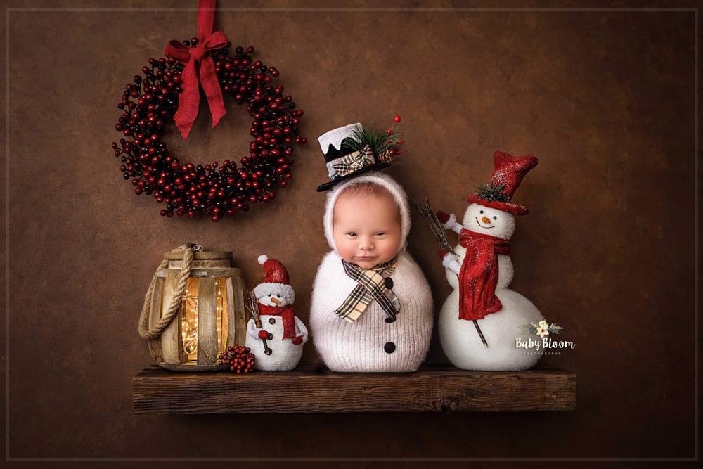 Image of Snowman snuggle pouche. Preorder