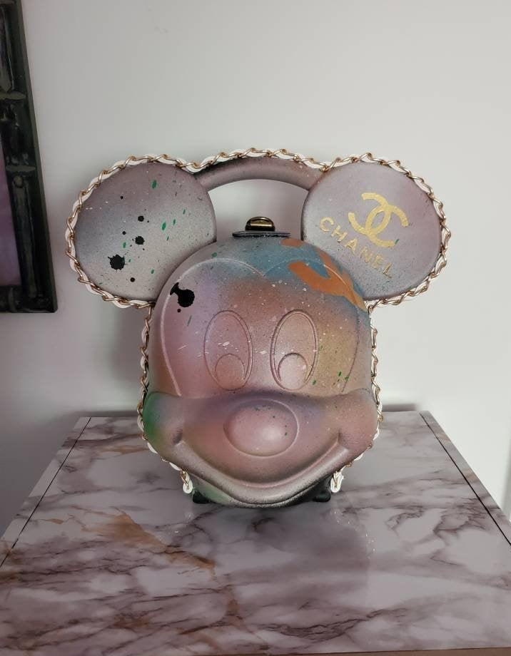 Image of Mickey Mouse Designer Series Lunchbox Purse 3