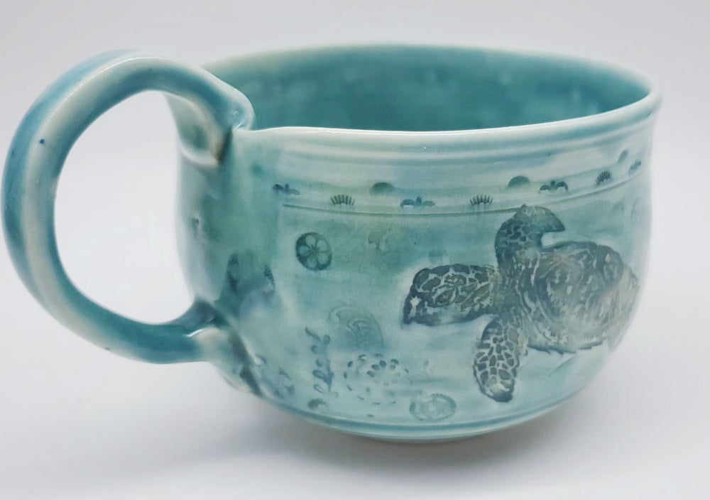 Image of Swimming Sea Turtle Mug