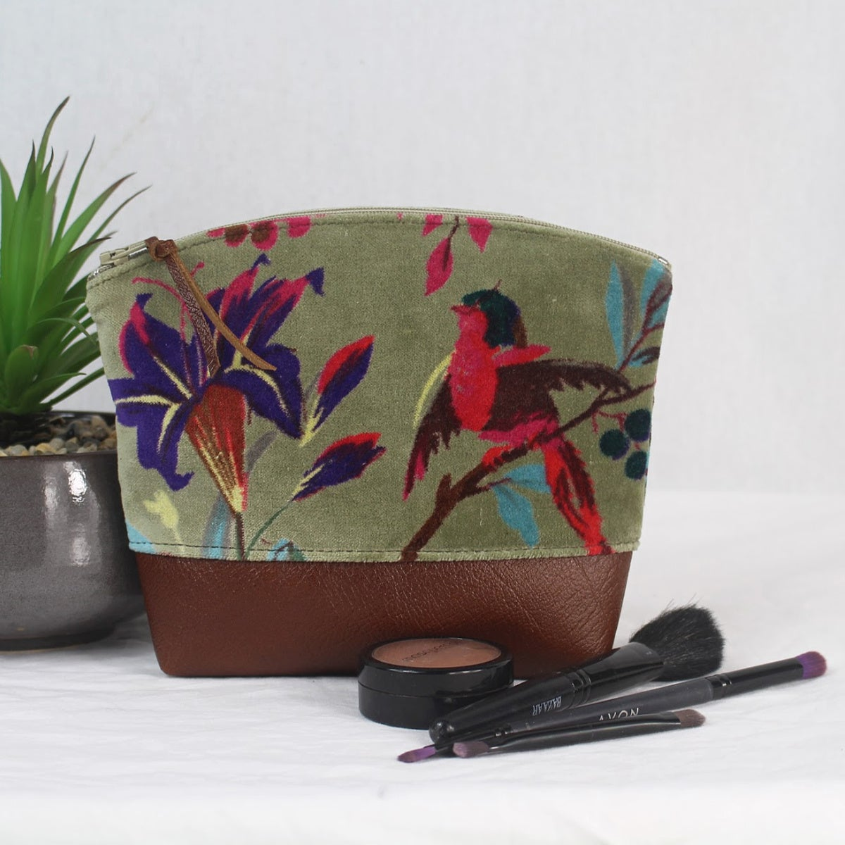Image of Curved Purse - Velvet Bird Olive