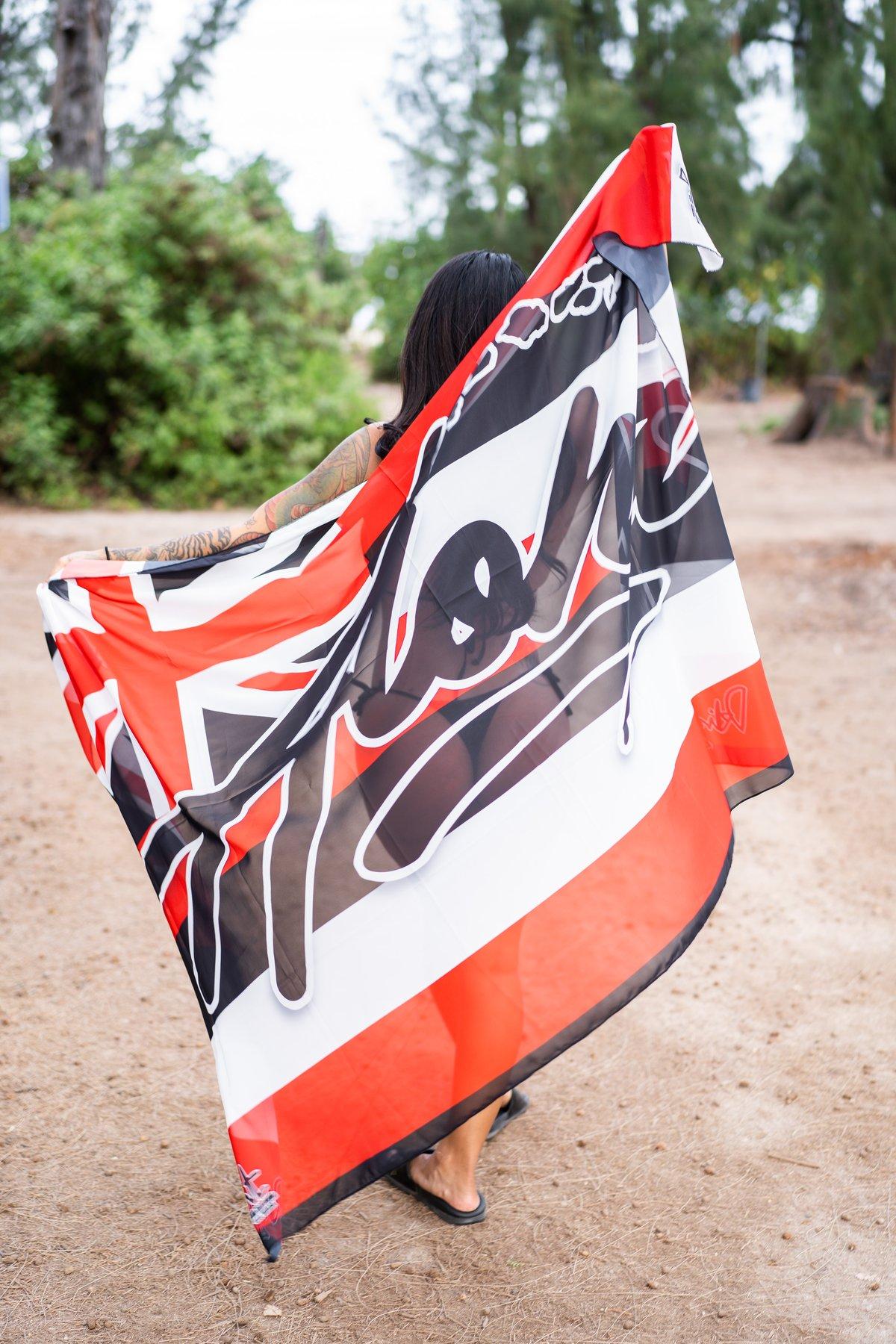 Aloha Islands Pareo (Red/Black/White)