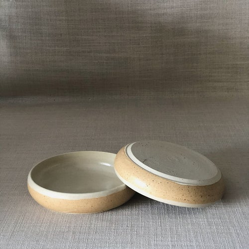 Image of EARTHY ORANGE CURVED PLATE