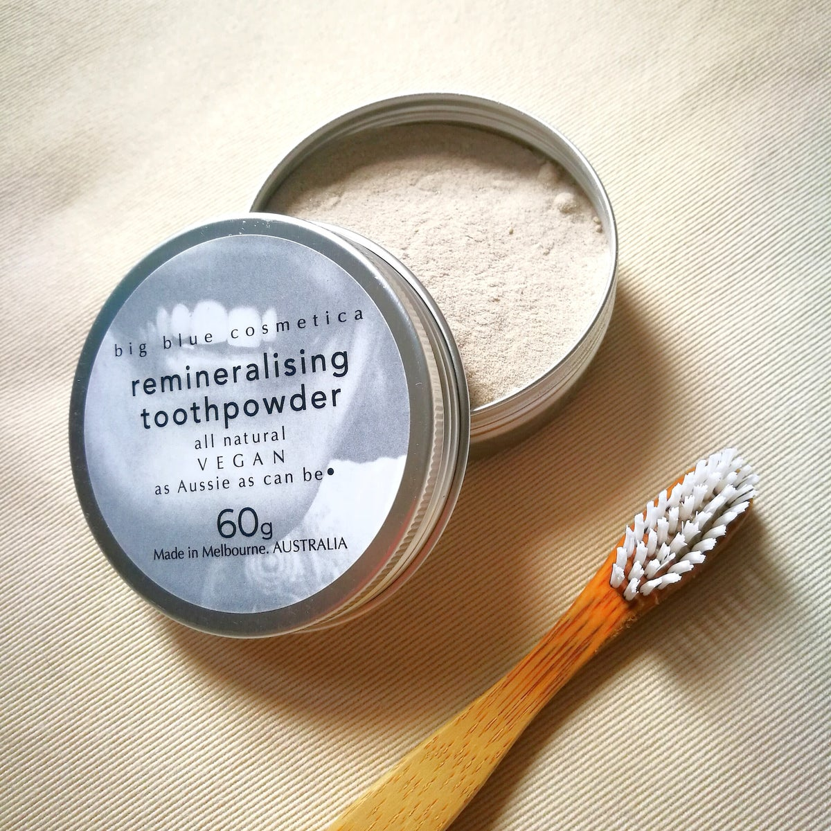 Image of remineralising toothpowder