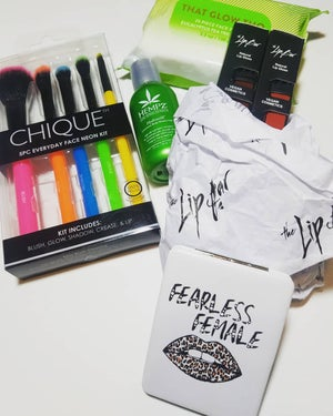 Image of   Fearless Female The Lip Bar & Lip Gloss Beauty Bundle