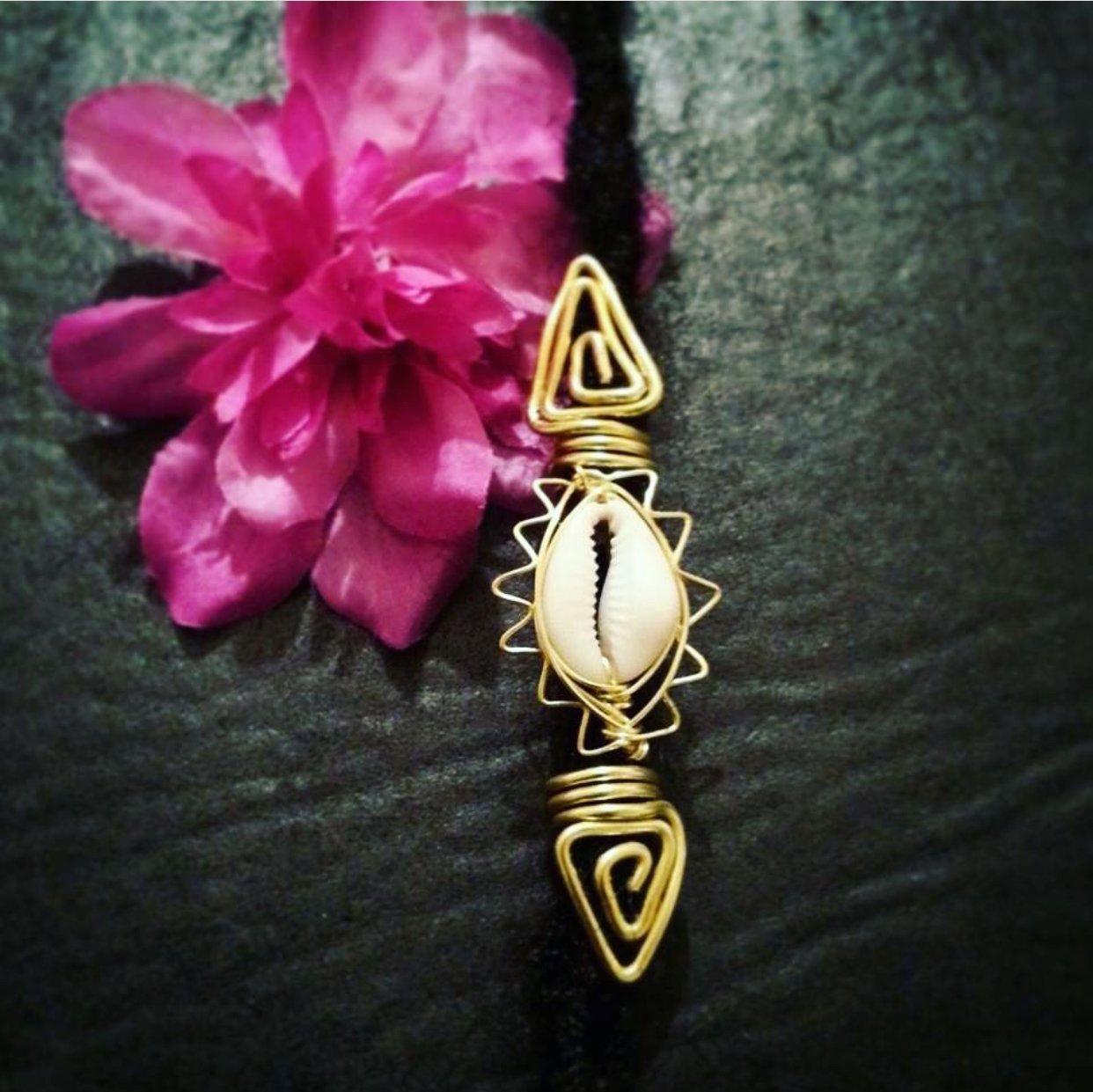 Image of Ancient Era Loc Jewelry