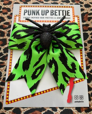 Image of Psycho Sparkly Spider Leopard Hair Bow - Green