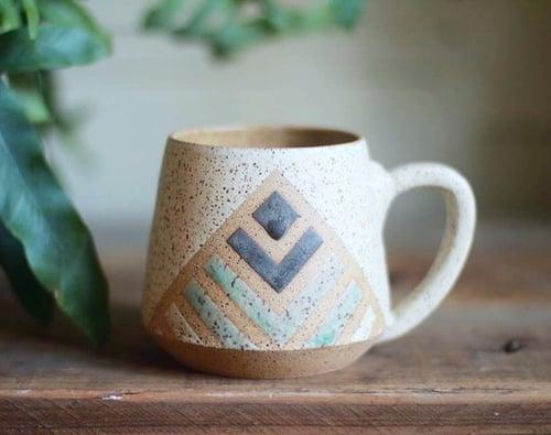 Image of Tri Color Pyramid mug